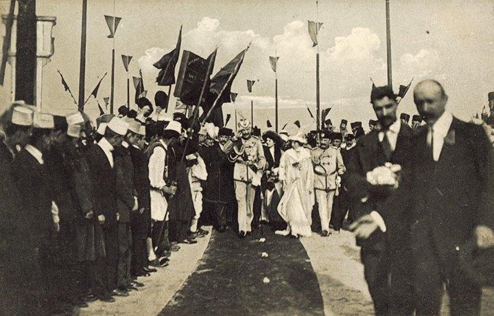Prenk Vidi mbërrin në Durrës me bashkëshorten Sofie, më 7 mars 1914.